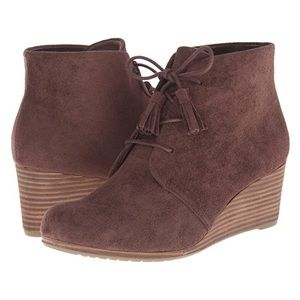 Dr. Scholl's – Dakota Wedge Booties 9.5 Dark Brown